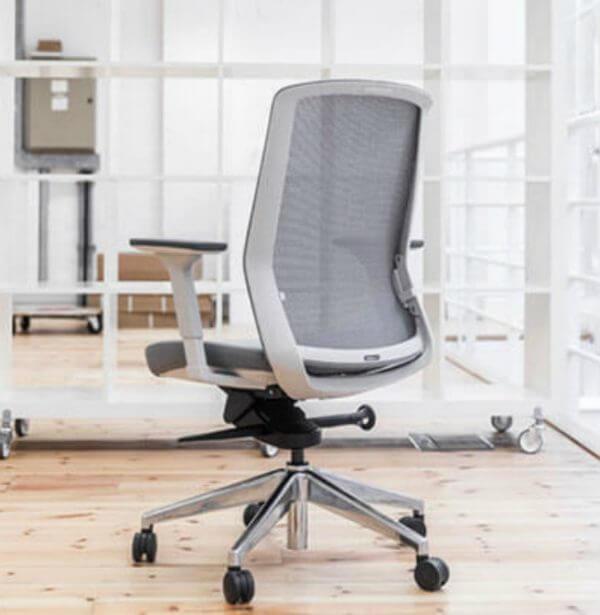 Bestuhl J1 Office Chair